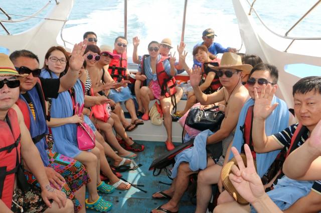 瑞马壁挂炉加盟商泰国海游艇畅聊