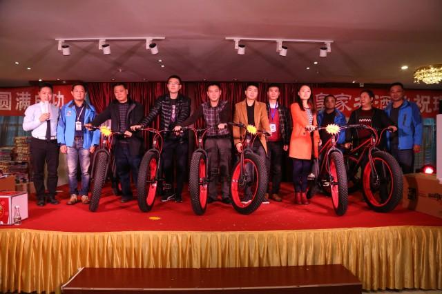 瑞马壁挂炉贵州遵义加盟商2015活动现场