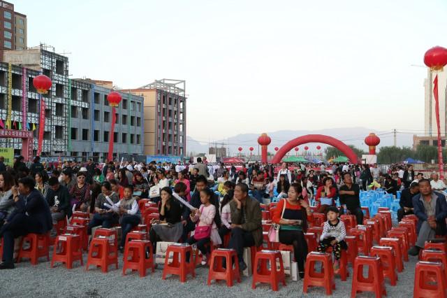 甘肃加盟商活动现场人山人海